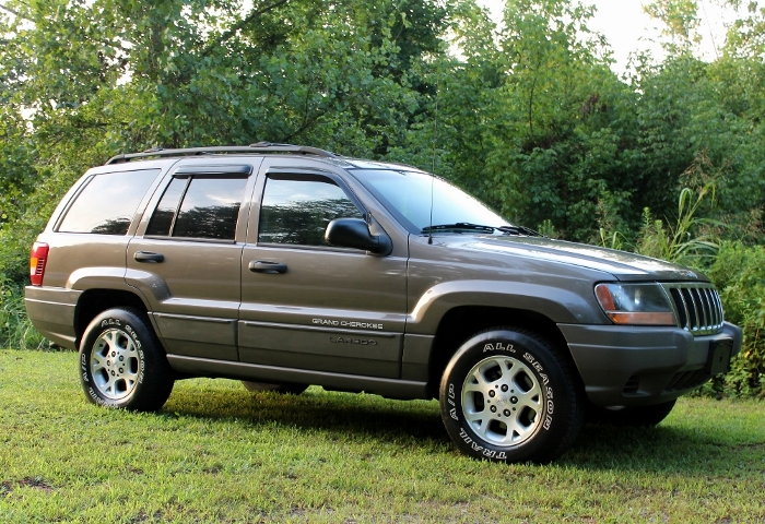 1999 Jeep Grand Cherokee Laredo (1) (700x480)