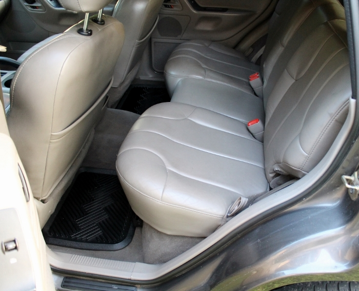 1999 Jeep Grand Cherokee Laredo (16) (700x568)