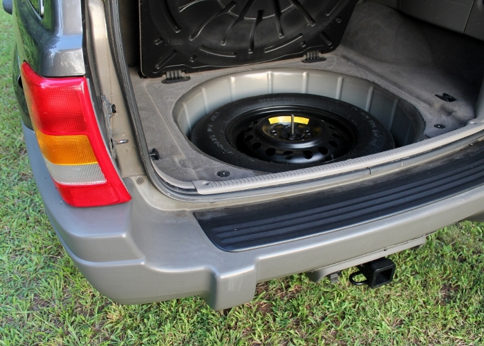 1999 Jeep Grand Cherokee Laredo (19) (700x501)