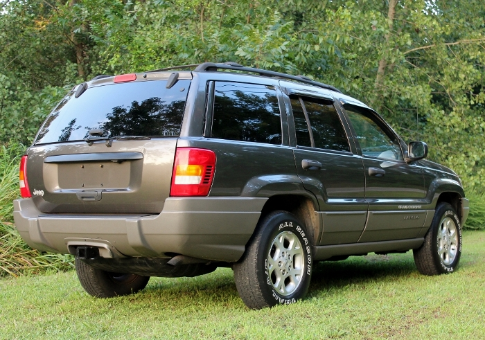 1999 Jeep Grand Cherokee Laredo (6) (700x491)