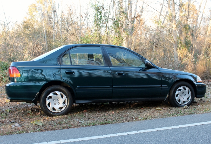 1998 Honda Civic Green Four Cylinder Gas Saver Automatic 1.6 Liter GS Auto Sales, LLC 2750 Meadow Road Clover SC 29710 (4)