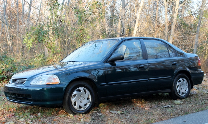 1998 Honda Civic Green Four Cylinder Gas Saver Automatic 1.6 Liter GS Auto Sales, LLC 2750 Meadow Road Clover SC 29710 (7)