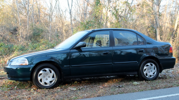 1998 Honda Civic Green Four Cylinder Gas Saver Automatic 1.6 Liter GS Auto Sales, LLC 2750 Meadow Road Clover SC 29710 (9)