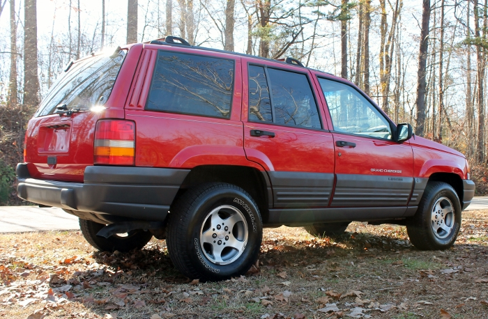 Red 1998 Jeep Grand Cherokee Laredo SUV - 2750 Meadow Road Clover SC 29710 (13)