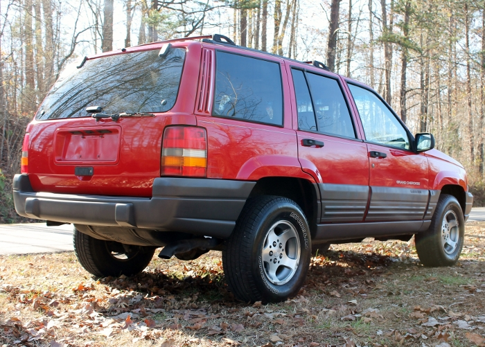 Red 1998 Jeep Grand Cherokee Laredo SUV - 2750 Meadow Road Clover SC 29710 (14)