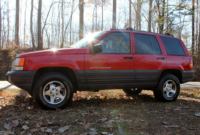 Red 1998 Jeep Grand Cherokee Laredo SUV - 2750 Meadow Road Clover SC 29710 (4)
