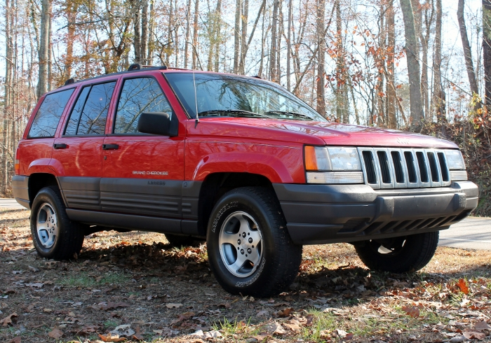 Red 1998 Jeep Grand Cherokee Laredo SUV - 2750 Meadow Road Clover SC 29710 (8)