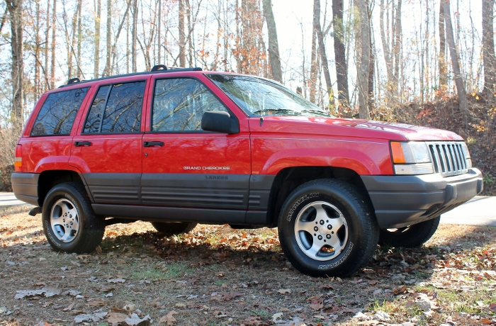 Red 1998 Jeep Grand Cherokee Laredo SUV - 2750 Meadow Road Clover SC 29710 (9)
