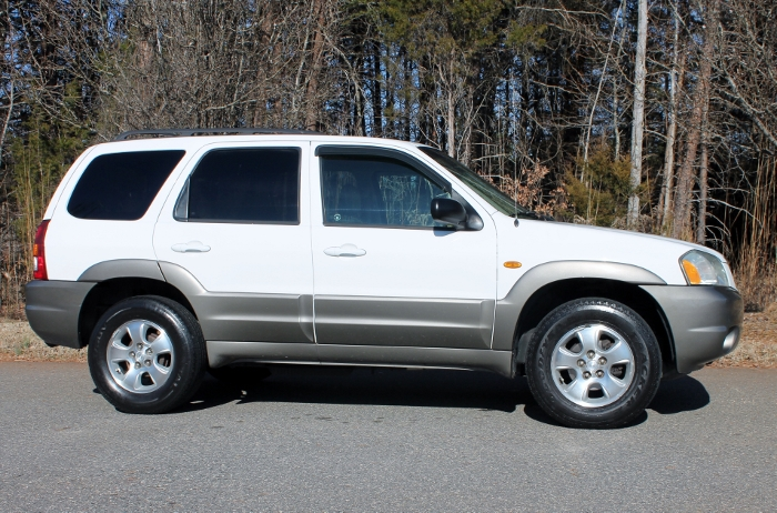 2002 Mazda Tribute ES V6 2WD or 4WD (11)