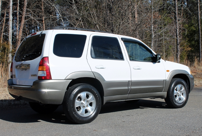 2002 Mazda Tribute ES V6 2WD or 4WD (13)