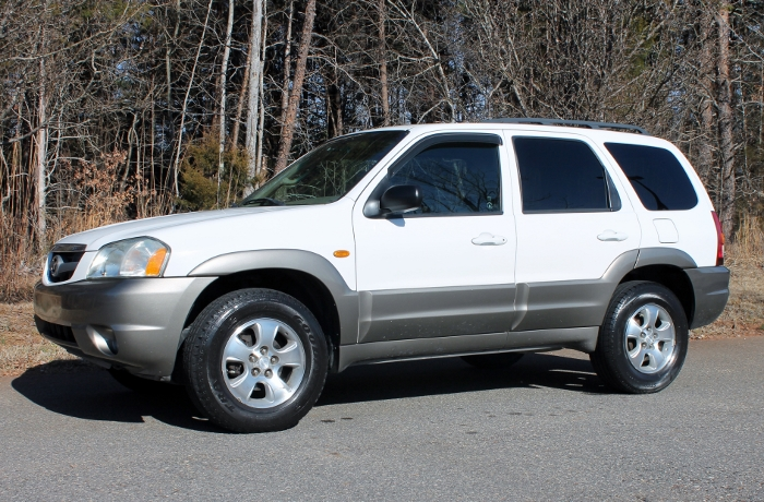 2002 Mazda Tribute ES V6 2WD or 4WD (3)