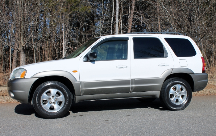 2002 Mazda Tribute ES V6 2WD or 4WD (4)