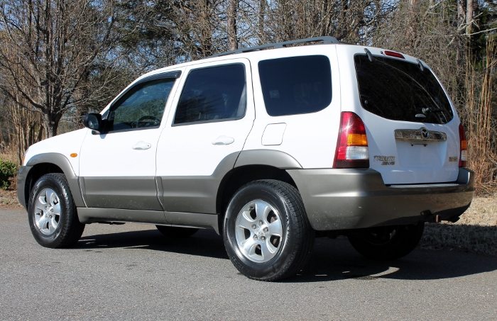 2002 Mazda Tribute ES V6 2WD or 4WD (7)